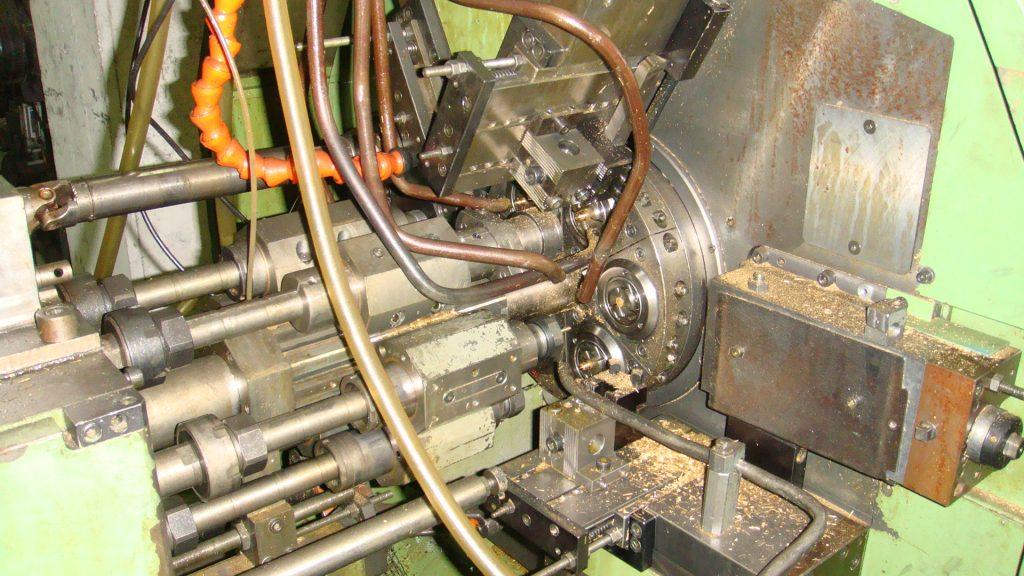 Multi-spindle machine